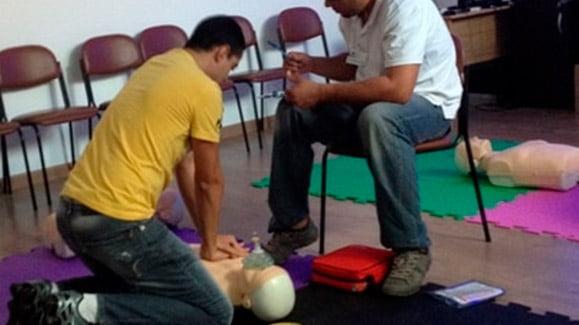 Salva Corações RCP/DEA (Heartsaver CPR/AED)