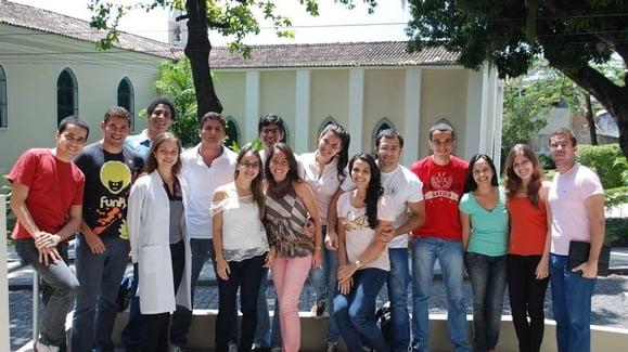 Estudantes da FMB-UFBA visitam o INESS